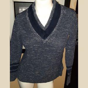 🔴Tommy Hilfiger  V neck sweater
